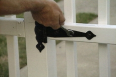 mounting the hinge on the vinyl picket fence gate