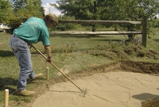 How to Create a Walkway with Concrete Pavers • DIY Projects & Videos