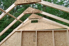positioning the solar garden shed's roof gable