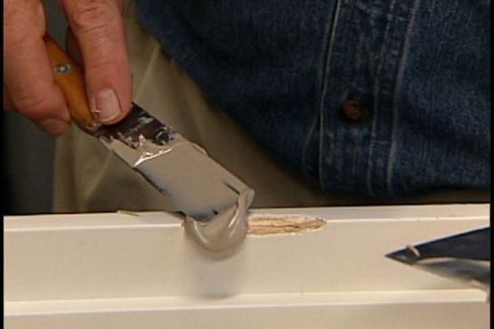 How to Repair a Gouge, Nick or Dent in a Door or Frame