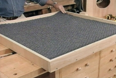 covering base surfaces with carpet