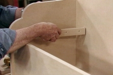 Installing the piano hinge
