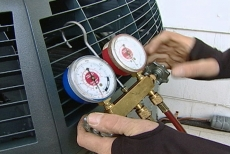 filling the copper lines with air conditioner refrigerant
