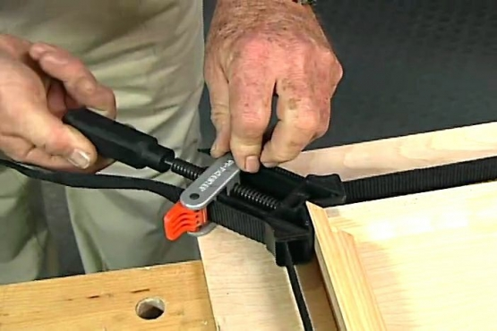 How to Use Band Clamps for Frames and Cases