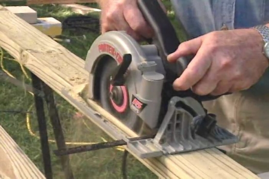 How to Make Rip Cuts with a Circular Saw
