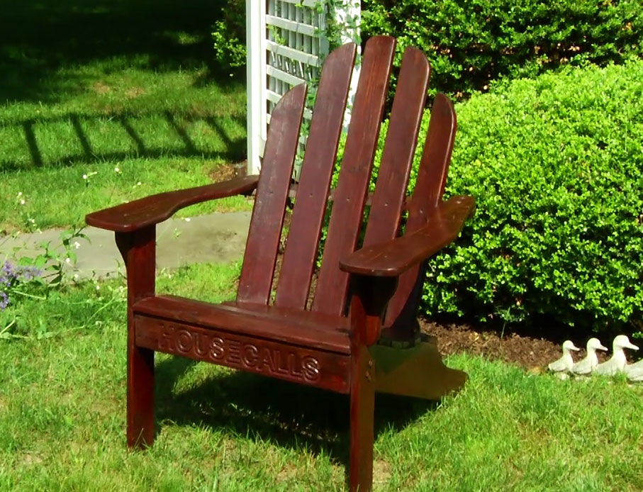 How To Revive Outdoor Wooden Furniture Using Spar Urethane Diy Projects S