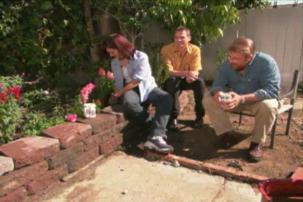 Delicieux How To Build A Garden Wall With Interlocking Blocks U2022 DIY Projects U0026 Videos